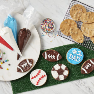 Picture of Sports Decorating Kit (12 Count)